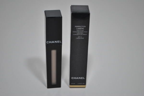 Тональная крем Chanel Perfection Lumiere Long-Wear Flawless Fluid Makeup SPF10 5,5ml. (кисточка) mix 6шт.
